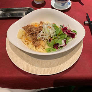 刀削汁なし担々麺(謝朋殿 點心樓)