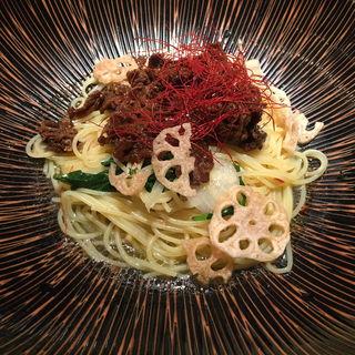 牛しぐれと根菜のおばんざい風甘辛ソース(パスタモーレ 上野 (【旧店名】ノリータ))