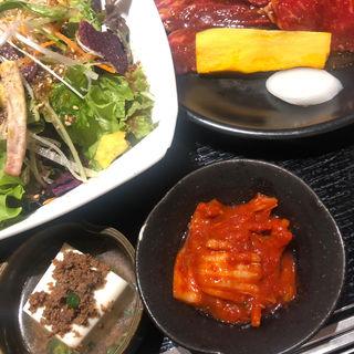 サラダランチ(焼肉トラジ 町田店 )