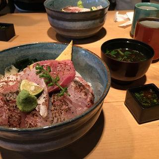 あぶり3種盛り丼(サカナキュイジーヌ・リョウ (SAKANA CUISINE RYO))