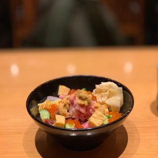 ばらちらし(SUSHI TOKYO TEN, 新宿ニュウマン店 (スシ トウキョウ テン))