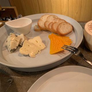 チーズ盛り合わせ(ワイン&マスタードA (wine&mustard A))