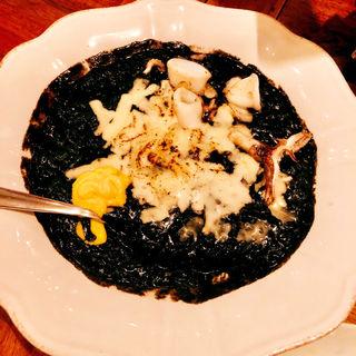 イカ墨のアロス チーズ焼き