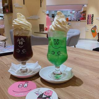 クリームソーダ(カフェ バーバパパ (Cafe BARBAPAPA))