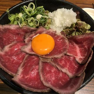 ローストビーフ丼 中(肉タレ屋 難波バル店 )