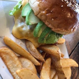 アボカドバーガー(ArmS Park Side Burger Shop)
