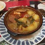 肉と野菜の煮込みスープ
