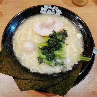塩ラーメン(家系ラーメン 町田商店 北新地店)