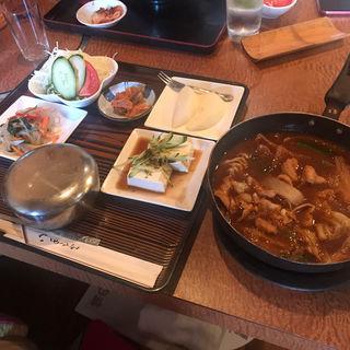 ホルモン定食(韓国料理 ムグンハ )