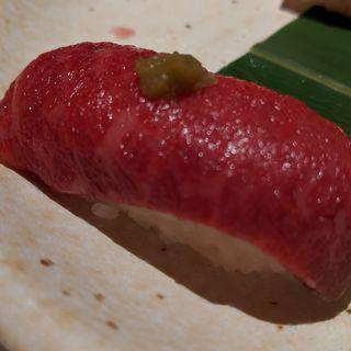 但馬牛の赤身肉寿司(おもき 離れ 銀座店)