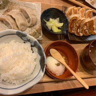 肉汁W餃子ライス(肉汁餃子製作所ダンダダン酒場 大名店)