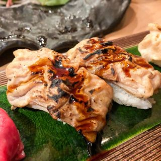 肉寿司(炙りシロ)(かしわ屋)