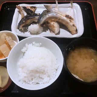 かま塩焼定食(活ぶり)(ほんまち屋 )