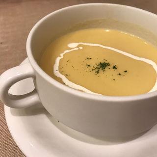 Aランチ  冷静のコーンスープ