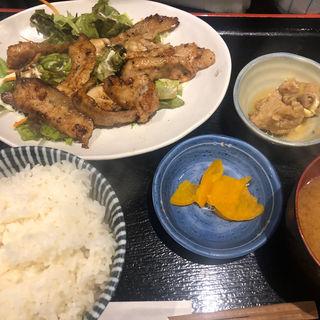 牡蠣と豚トロ炒め(貝だらけ )