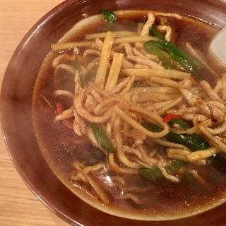 青椒肉絲麺(満龍 駅前通り店)