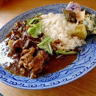 豚肉とネギのカレー(ほんま食堂)