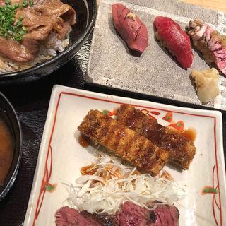 牛丼がついたスペシャルセット(肉割烹 KINTAN コレド室町)
