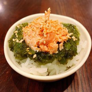 めかぶ&鮭マヨ飯(八堂八)