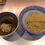 濃厚魚介つけ麺(味玉付き)