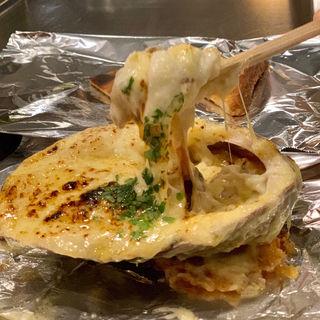 ダイナマイトチーズ焼き(やきやき三輪 堀江店)
