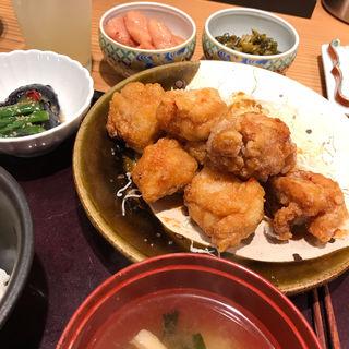 鳥の唐揚げ明太風味定食(博多もつ鍋やまや 堂島北新地店)