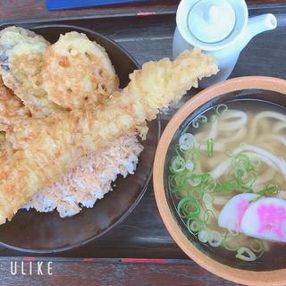 穴子丼とミニうどんセット(資さんうどん 野芥店 (スケサンウドン))