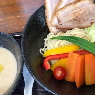 バーニャカウダ風つけ麺Special topping(鳥見本 (トミモト))