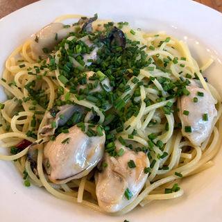 牡蠣のスパゲティ ビアンコ(グッドタウンベイクハウス)