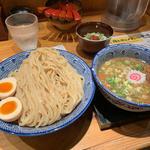 濃厚豚骨魚介つけ麺(必死のパッチ製麺所 )