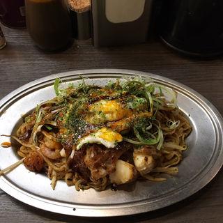 ソース焼きそば(大盛り無料)(みかさ )
