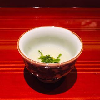 宮崎産水出し緑茶のプレリュード(鮨 料理 一高)