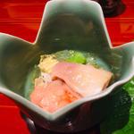 朝採り胡瓜と北寄貝のトマトジュレ寄せ(鮨 料理 一高)