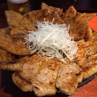 帯広本格豚丼 特大(豚っく (ぶたっく BUTA-CK))