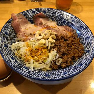 汁なし坦担麺(担担麺の掟を破る者)
