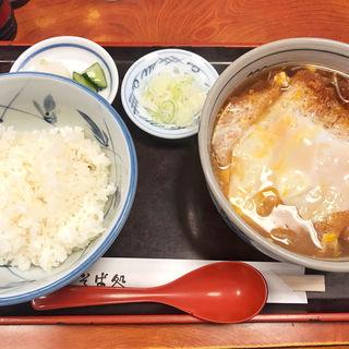 カツ煮蕎麦 半ライス(そば処 木場 柳家 )