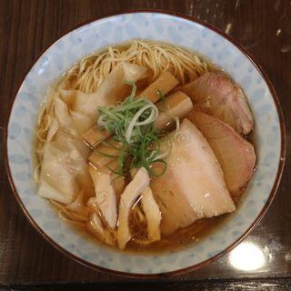 地鶏わんたん麺(寿製麺よしかわ保谷店)