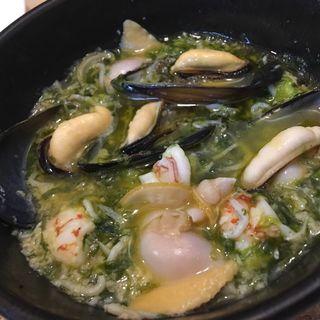 ムール貝と海老と海苔のアヒージョ(Caliner)