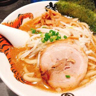 らー麺(麺屋武蔵 巖虎 (いわとら))