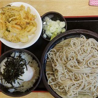 温玉とろろ丼セット(+かき揚げ)(ゆで太郎 六番町店 (ゆでたろう))