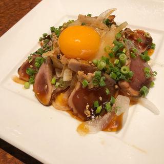 鰹のタタキユッケ(腹八分目 渋谷道玄坂店)