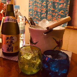 琉球王朝 焼酎(沖縄の台所ぱいかじ 沖縄本店)