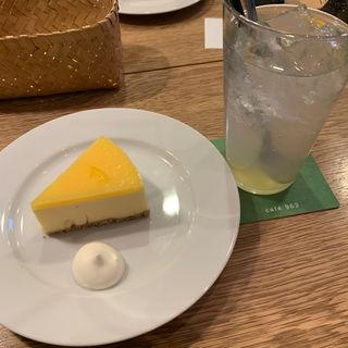 チーズケーキ(まちのシューレ 963 カフェ )