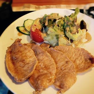 自家製ダレの生姜焼き定食(cafenyon 豆吉)