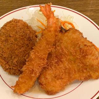 ミックスA定食(キッチン大正軒)