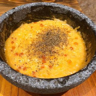 イクラとチーズのリゾット(炭焼スタンドツジヤ)