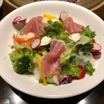 生ハムとクリームチーズのサラダ〜香草オリーブオイルをかけて〜