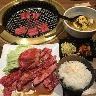 焼肉冷麺定食(月島屋 (つきしまや))
