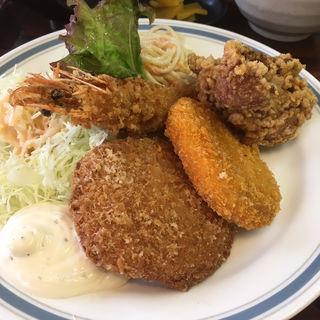 ミックスフライ定食(一膳や)