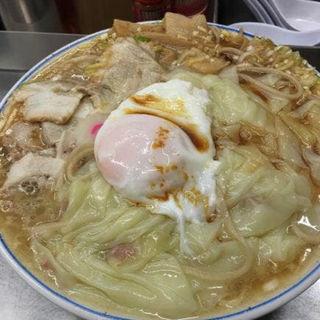 チャーシューワンタン麺ワンタン増し増しチャーシュー増し(中華そば みたか )